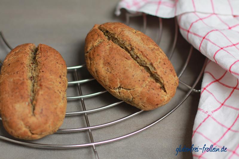 glutenfreie Brötchen mit Hanf und Soja