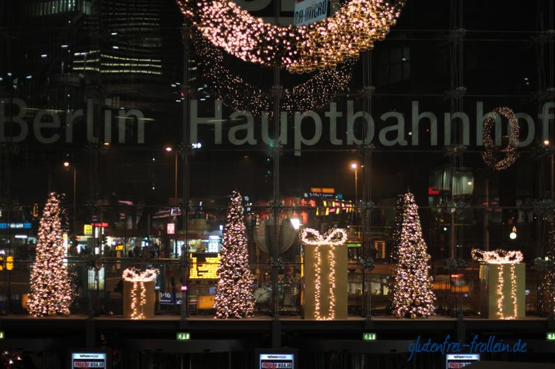 Berliner Hauptbahnhof weihnachtlich