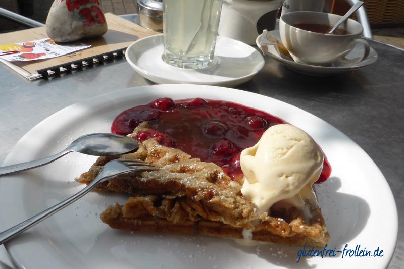 glutenfreie Waffeln im Café Kaffeeflut in Wittdün, Amrum