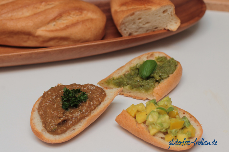 drei vegane und glutenfreie Dipps mit glutenfreiem Baguette von Böcker