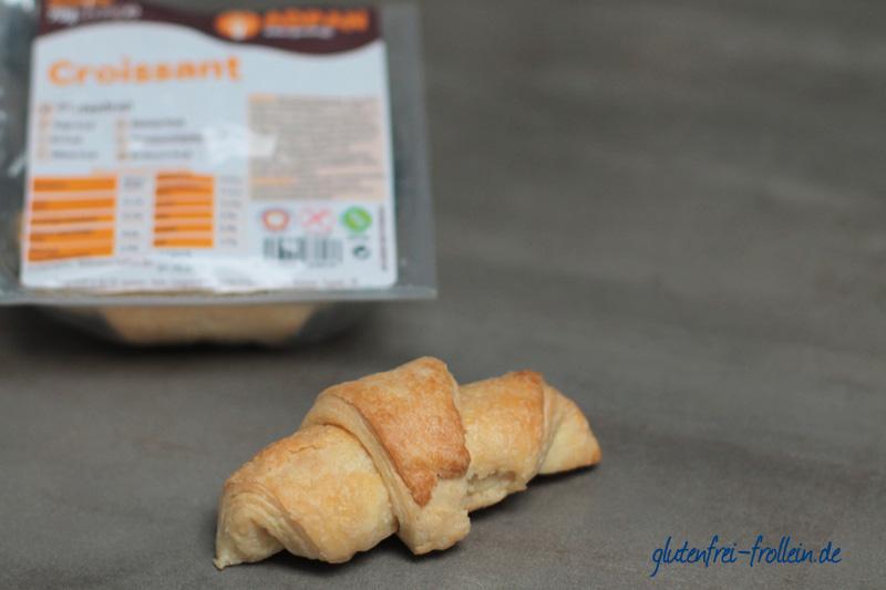 Adpan_glutenfreies Croissant_mit Packung