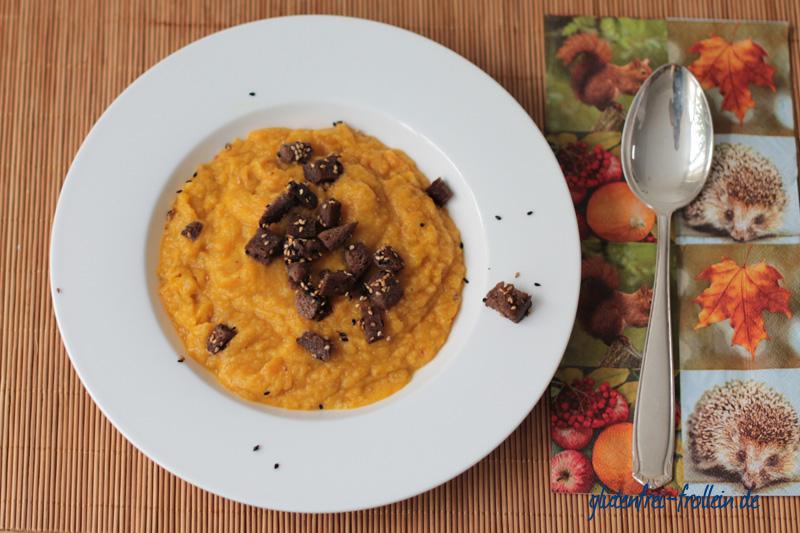 Möhren Pastinaken Suppe_ Teller von oben