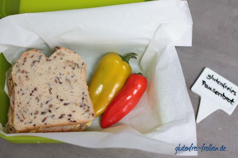 glutenfreies Pausenbrot mit Curry und Haehnchen in Brotbox