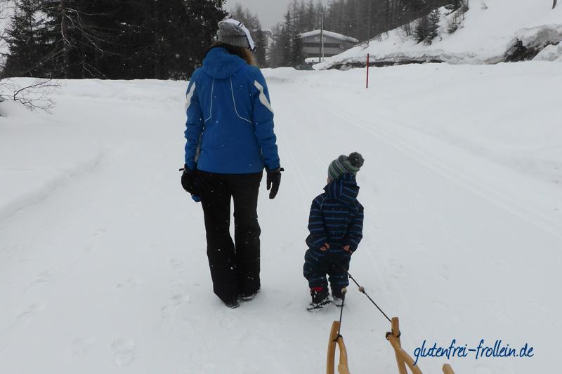 glutenfreier skiurlaub in samnaun_winterwandern mit kind