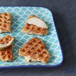 Glutenfreie Frühstückswaffeln mit Hirse und Birnen – auch fürs Baby